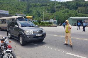 Xe chở khách trá hình tiếp tục lộng hành tuyến Huế - Đà Nẵng