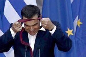Thủ tướng Hy Lạp thực hiện nghi thức đeo cà vạt