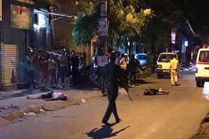 2 thanh niên tử vong cạnh chiếc xe máy
