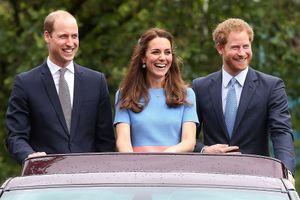 'Bật mí' thu nhập của gia đình Hoàng gia Anh trong năm 2017?