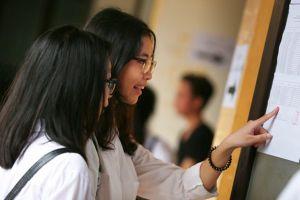 Bất ngờ điểm chuẩn vào lớp 10 Hà Nội: Trường tốp trên giảm mạnh, tỉ lệ 'chọi' càng cao giảm càng sâu