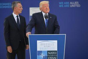 Đại sứ Mỹ tại Estonia từ chức vì bất bình với Tổng thống Donald Trump