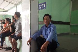Vụ tai nạn thảm khốc: 'Ba mẹ con đâu, ai ở lại với con…?'