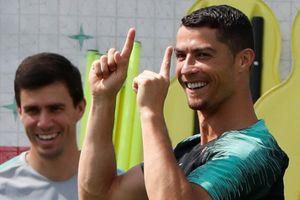 Knockout các ông lớn: Messi, Ronaldo có bị loại cùng một ngày?
