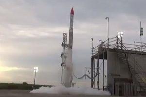 Clip: Tên lửa Nhật rơi ngược lại phá hủy bệ phóng