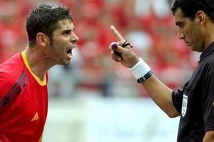 Sau 16 năm, 'ác mộng chủ nhà' có hiện về với Tây Ban Nha?