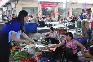 Sôi nổi các hoạt động truyền thông nhân Ngày BHYT Việt Nam