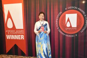 Họa sĩ Nguyễn Thu Thủy nhận Cúp Bạc Giải thưởng Thiết kế Quốc tế
