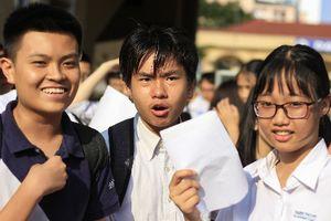 Hà Nội hạ điểm chuẩn trúng tuyển vào lớp 10 hệ chuyên năm 2018