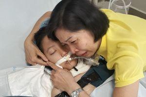 Câu chuyện rơi nước mắt sau hành động hiến giác mạc lúc qua đời của bé gái đương đầu với bệnh tật suốt 10 năm