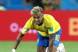 Vì sao Neymar không còn đi vớ rách trong ngày hạ Mexico?