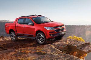 Chevrolet Colorado thêm bản một cầu số tự động, giá 651 triệu đồng