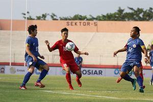 HLV Hoàng Anh Tuấn quá khắt khe với U19 Việt Nam?