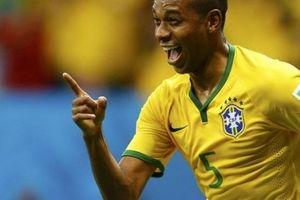 Định mệnh sắp đặt, thành bại của Brazil nằm trong tay Fernandinho