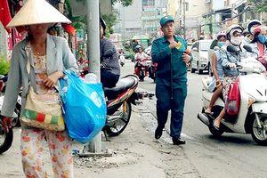 Cống rãnh, kênh rạch tắc nghẽn vì rác