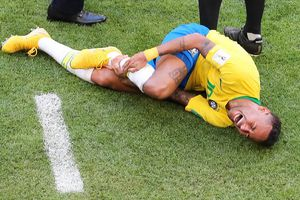 Neymar, một 'tấm gương tồi' của thế giới