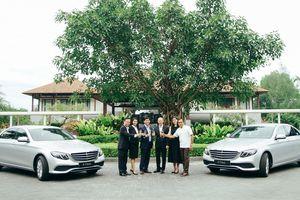 Mercedes-Benz bàn giao bộ đôi E 200 cho khu nghỉ dưỡng Laguna Lăng Cô