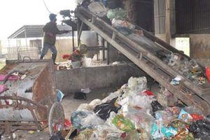 Choáng: Mỗi ngày Hà Tĩnh thải ra môi trường gần 50 tấn rác ni lông