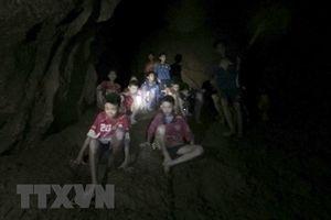 Thái Lan: Tích cực bơm nước khỏi hang Tham Luang