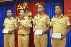 3 chiến sĩ CSGT Đà Nẵng được khen thưởng vì có hành động đẹp