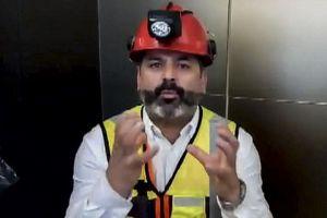 'Siêu thợ mỏ Mario' bị kẹt 69 ngày trong vụ sập mỏ Chile gửi thông điệp khích lệ đến đội bóng Heo rừng