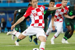 Soi kèo mới nhất 2 trận tứ kết Anh - Thụy Điển, Nga - Croatia
