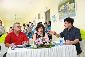 Đoàn đại biểu cấp cao Trung tâm Những người lao động Cuba thăm công trường xây dựng Thiết chế CĐ tại Hà Nam