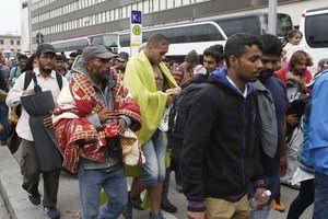 Người nhập cư - bài toán khó với EU