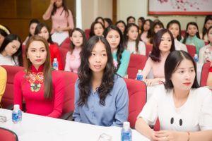 Hoa hậu Việt Nam lần đầu có thí sinh đang làm Tiến sĩ vật lý