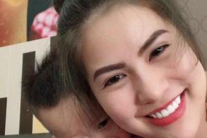 Vợ Việt Anh lên tiếng 'dằn mặt' sau khi Quế Vân đăng ảnh bí hiểm?