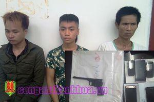 Bắt giữ nhóm tội phạm nguy hiểm vận chuyển ma túy từ Lào về Việt Nam tiêu thụ