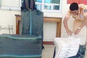 'Hung thần xa lộ' chở 3.000 gói thuốc Jet bị bắt giữ