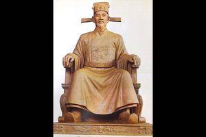 Mỏi mòn chờ duyệt mẫu tượng Nguyễn Hữu Cảnh