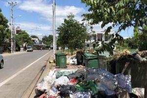Quảng Ngãi: Đối thoại thất bại, nghìn tấn rác thải vẫn tràn TP
