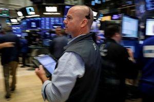 Chứng khoán Mỹ tăng phiên thứ ba liên tiếp nhờ cổ phiếu ngân hàng