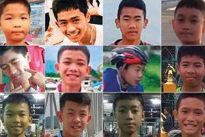 Toàn bộ 13 thành viên đội bóng Thái Lan được giải cứu thành công