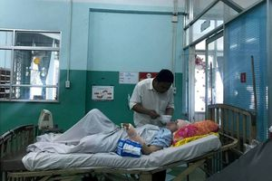 Tình tiết gây 'sốc' vụ nổ súng đâm chém hai cô gái ở TP HCM