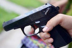 Nghi án nổ súng do mâu thuẫn tình cảm, 2 người bị thương