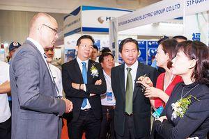 Gần 200 doanh nghiệp sẽ tham gia Triển lãm quốc tế về Công nghệ và Thiết bị điện lần thứ 11 Đó là thông tin do Công ty CP Quảng cáo và Hội chợ Triển lãm C.I.S Việt Nam - Đơn vị tổ chức Triển lãm quốc tế lần thứ 11 về Công nghệ và Thiết bị điện (Vietnam ET