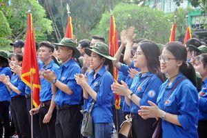 Hơn 1.200 sinh viên ÐH Huế xuất quân tình nguyện hè