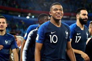 Thần đồng Mbappe mơ vô địch World Cup, 'ẵm' luôn Quả bóng vàng