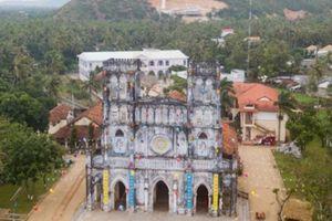 Ghé nhà thờ trăm tuổi nơi giữ sách quốc ngữ đầu tiên ở Phú Yên