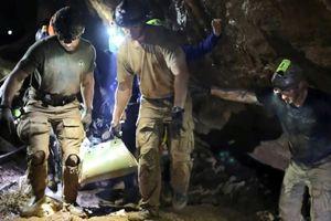 Chiến dịch giải cứu đội bóng U-16 Thái Lan và câu chuyện bên trong hang Tham Luang