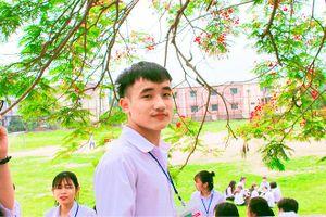 Chia sẻ bất ngờ của nam sinh đạt 9,75 điểm thi THPT quốc gia 2018
