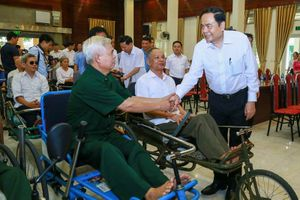 Chủ tịch MTTQ Trần Thanh Mẫn tri ân các gia đình chính sách tại Bắc Ninh