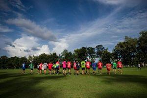 Đội bóng Thái Lan phấn chấn trở lại tập luyện sau khi đồng đội được giải cứu