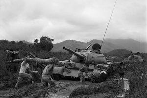Kỷ niệm 50 năm chiến thắng Đường 9-Khe Sanh: Bản hùng ca trên miền đất lửa