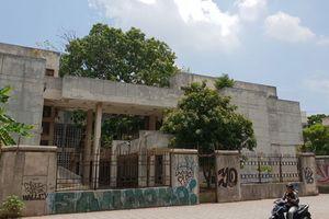 Vén màn bí ẩn 'nhà ma' 20 năm không người ở giữa Thủ đô