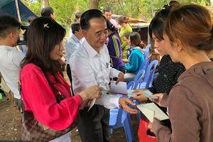 Hỗ trợ khẩn cấp cho bà con Việt kiều sau vụ cháy ở Phnom Penh