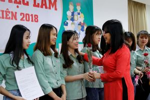 Trường ĐH Đông Á: 2.372 vị trí việc làm cho sinh viên trong ngày lễ tốt nghiệp